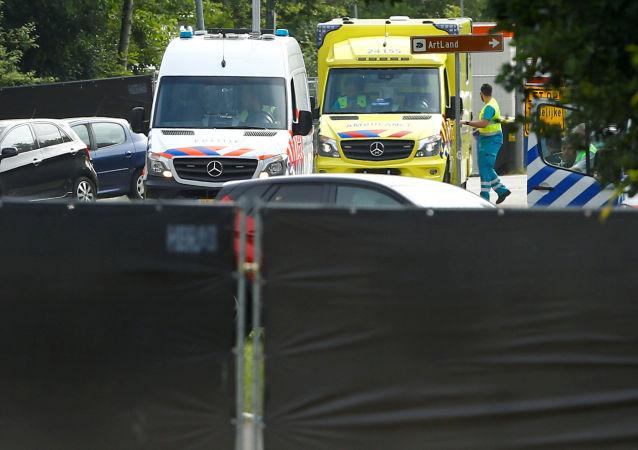 荷兰发生袭击事件 致2人死亡
