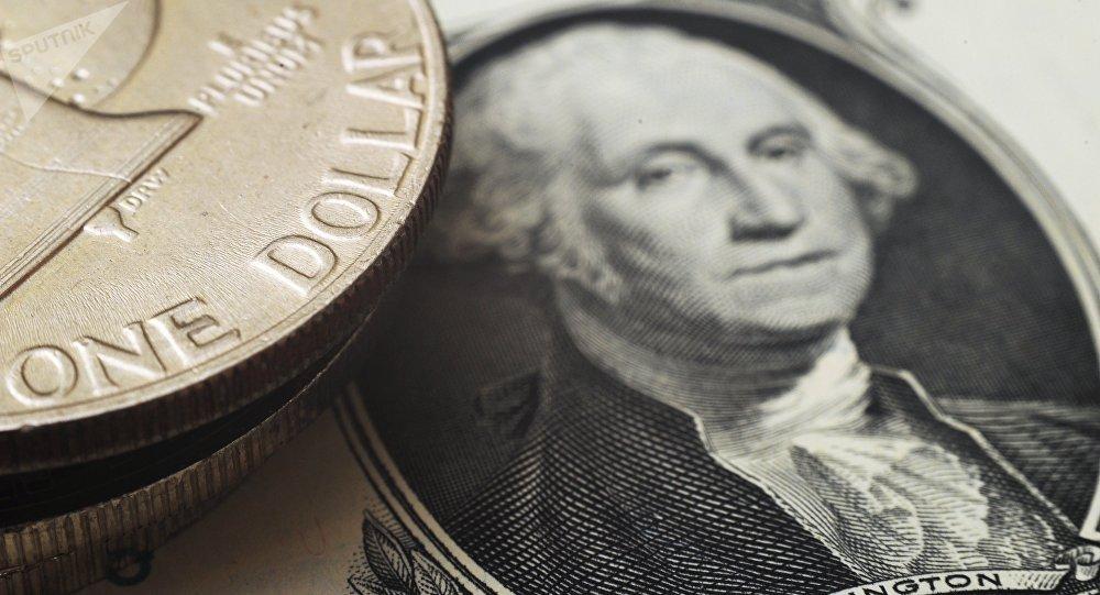 金砖国家考虑打造类似SWIFT系统的统一支付体系 放弃美元发展本币结算