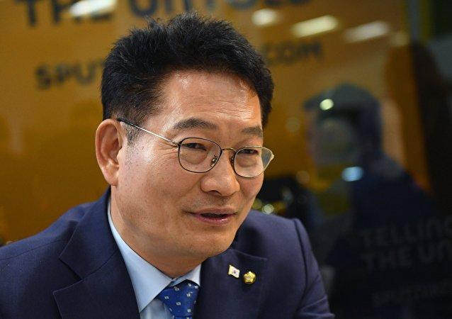 韓國議員:「特朗普應把俄羅斯項目贈送給金正恩」