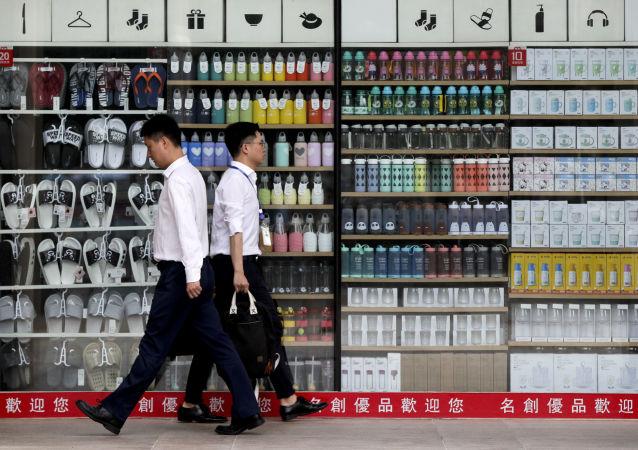 中国著名导演反对演员持证上岗:艺术创作应不拘一格