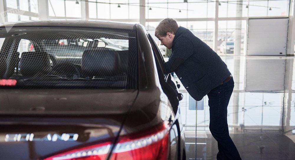 力帆因蓄電池問題在俄召回近2000輛汽車