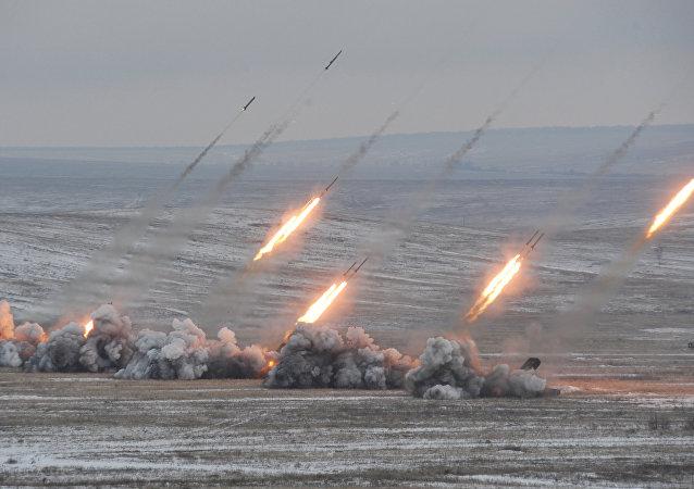 普京:俄罗斯将研发能够突破任何反导防御系统的进攻性武器