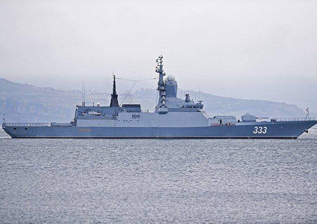 20380型護衛艦「完美」