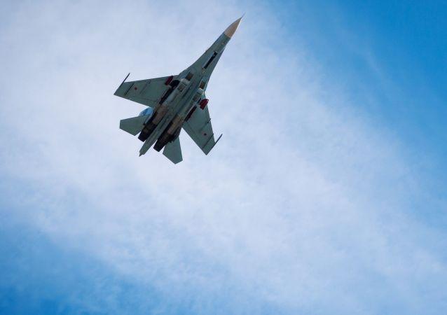 俄苏-27