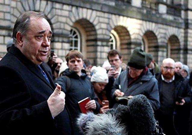 RT电视台主编:苏格兰前首席部长在问话后被释放