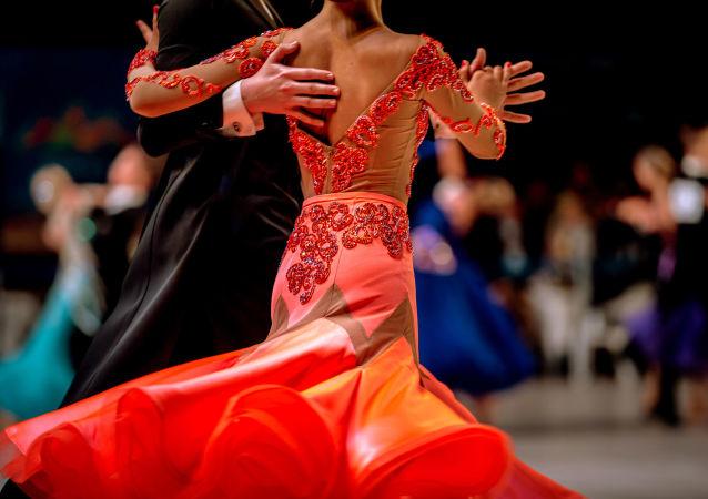 近百名中國舞者將參加在俄羅斯舉行的拉丁舞集訓