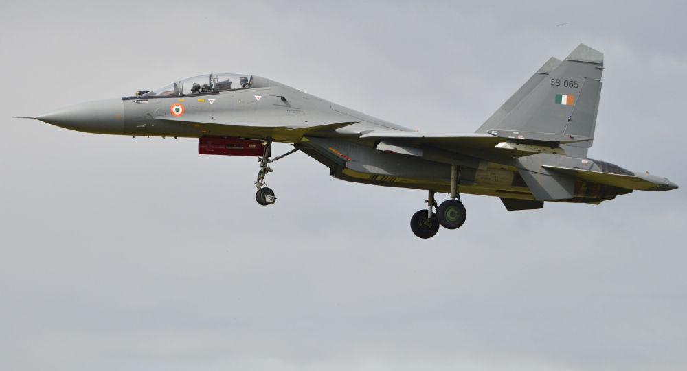 媒體:印度空軍飛機在克什米爾墜毀 兩名飛行員死亡