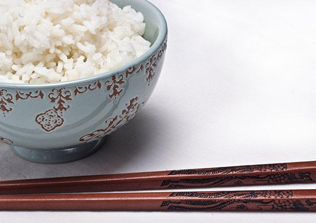 科學家講述煮熟的米飯有何危險