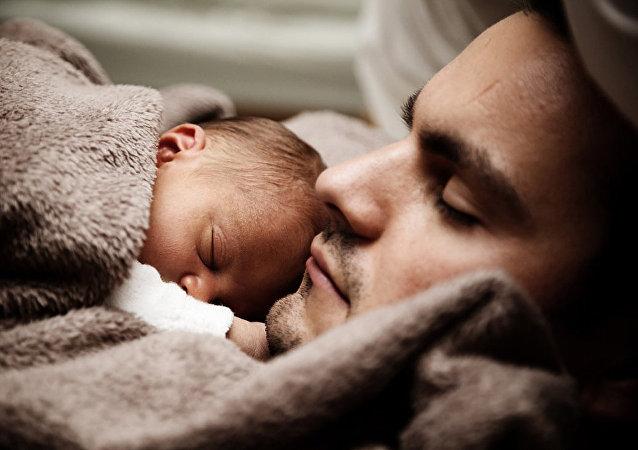 媒体:希腊女子诞下三亲婴儿