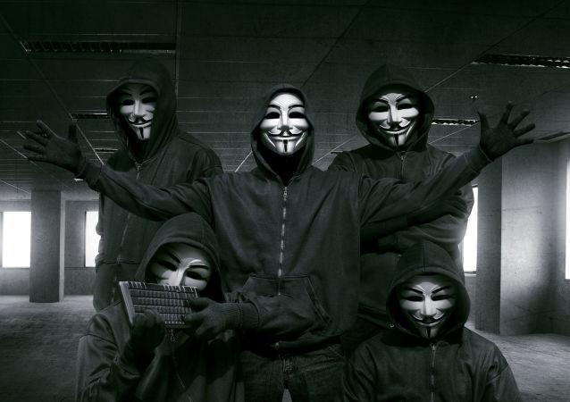Хакеры в маске Гая Фокса