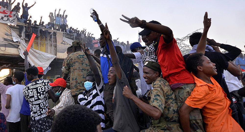 沙特阿拉伯對推翻總統的蘇丹軍事委員會提供支持