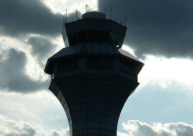 芝加哥市奧黑爾機場的控制塔