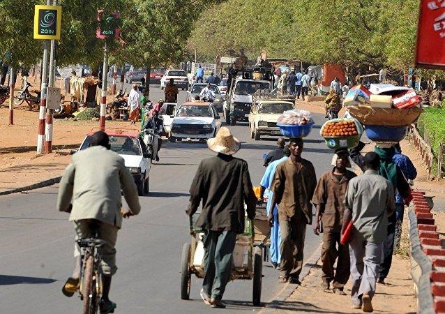 尼日尔首都油罐车爆炸 至少56人死亡