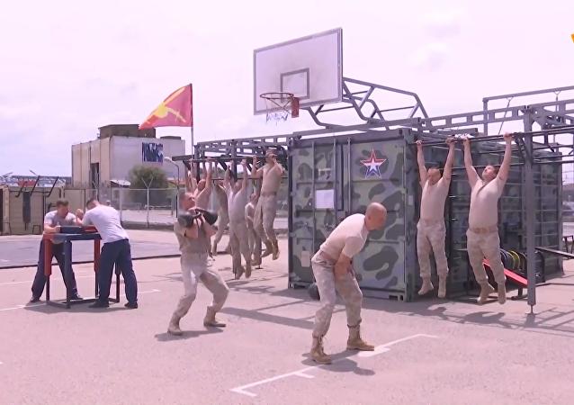 俄军展示驻叙基地日常