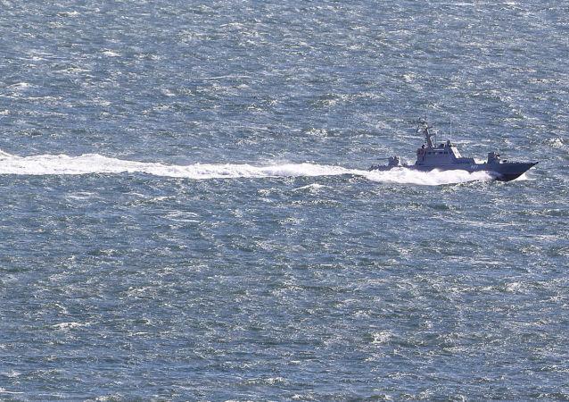 俄海河运输署:亚速港附近有船只搁浅