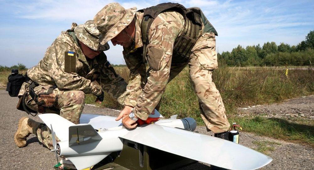 顿涅茨克:乌军使用无人机投掷炸弹导致油库爆炸