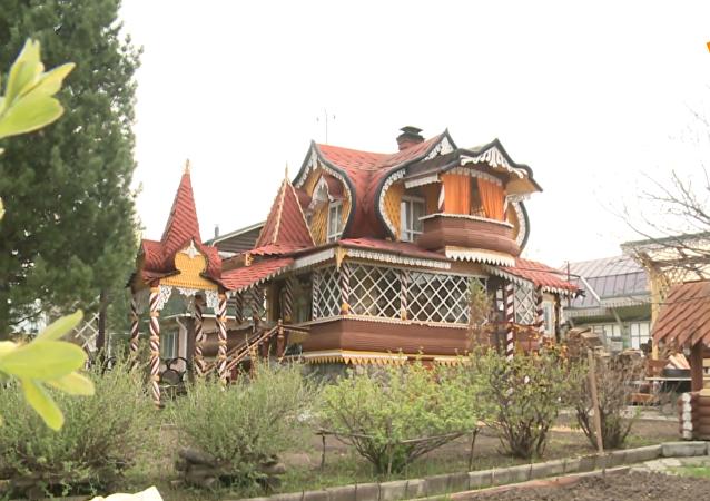 乌拉尔大师建造童话阁楼