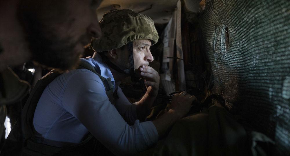泽连斯基视察顿巴斯地区乌克兰军人日常