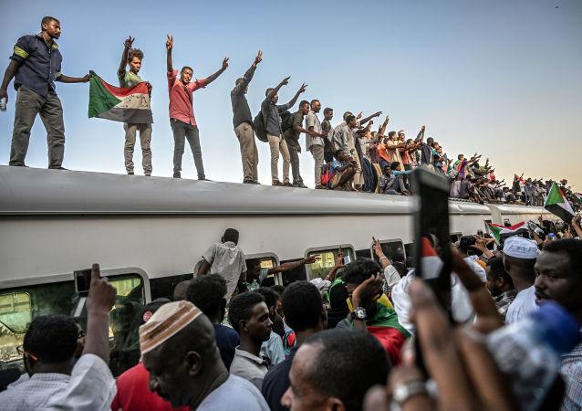 蘇丹反對派呼籲舉行全體國民不服從行動