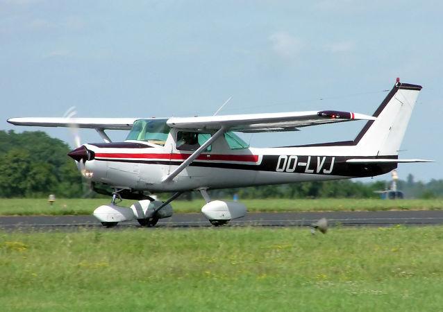 塞斯纳152型飞机