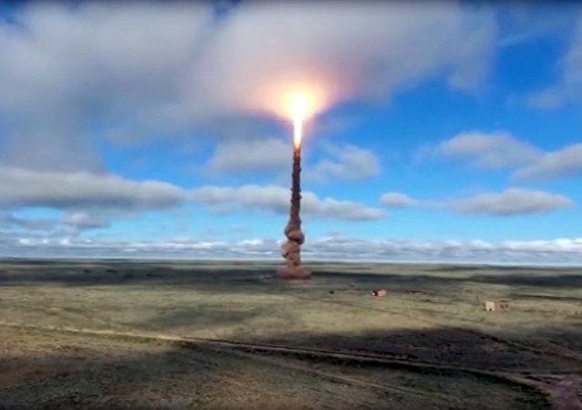 俄国防部公布新反导导弹的试射视频