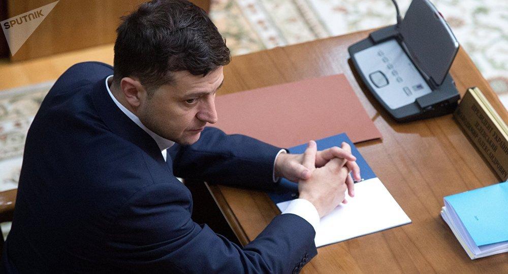 乌总统将清理自己前任及其团队的法案递交乌议会