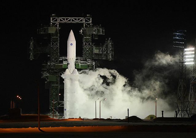 """俄""""安加拉-A5""""重型火箭的第二次试验发射因技术原因推迟"""