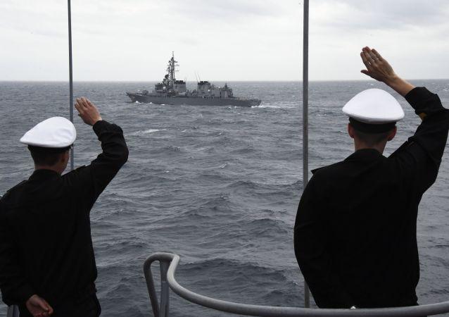 俄太平洋舰队舰艇开展反核潜艇军演