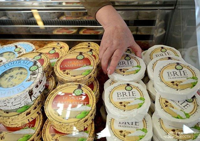 普京将对西方国家的食品禁运令延长至2020年底