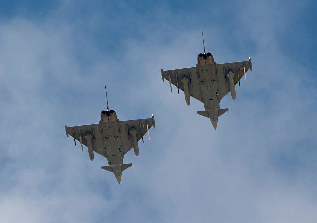 德國空軍兩架歐洲「颱風」戰鬥機(Eurofighter Typhoon)
