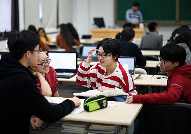 媒体:美延续对华学者打压政策 中国500余名理工科研究生遭拒签