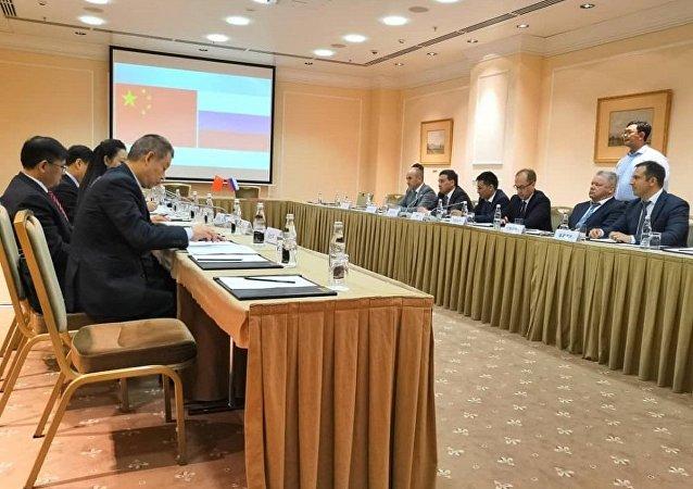 俄楚瓦什政府与四川铁投集团签署农工综合体建设相关协议