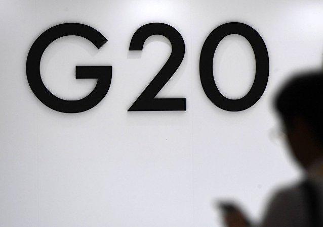 普京在G20峰会期间与德沙加三国领导人进行交谈