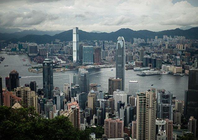 中国国防部:密切关注香港形势 部分激进示威者的行为绝对不能容忍