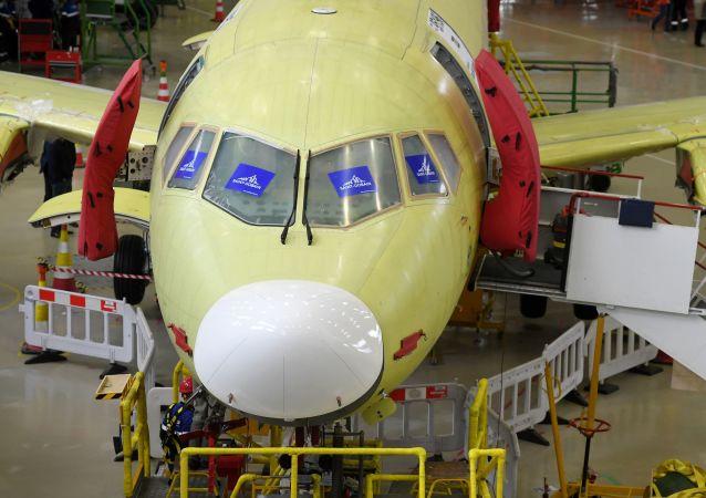 改進型蘇霍伊超級噴氣機100型客機將配備新型供電系統