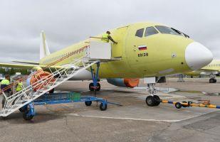 SSJ-100客机在阿穆尔河畔共青城加加林飞机制造厂