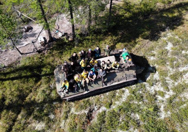 俄滨海边疆区100多名消防人员被派往雅库特帮助扑灭林火