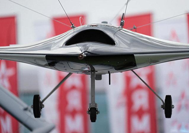 """俄国防部要求加快交付""""猎人""""重型无人机"""