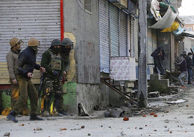 印控克什米尔地区爆发500多起抗议活动