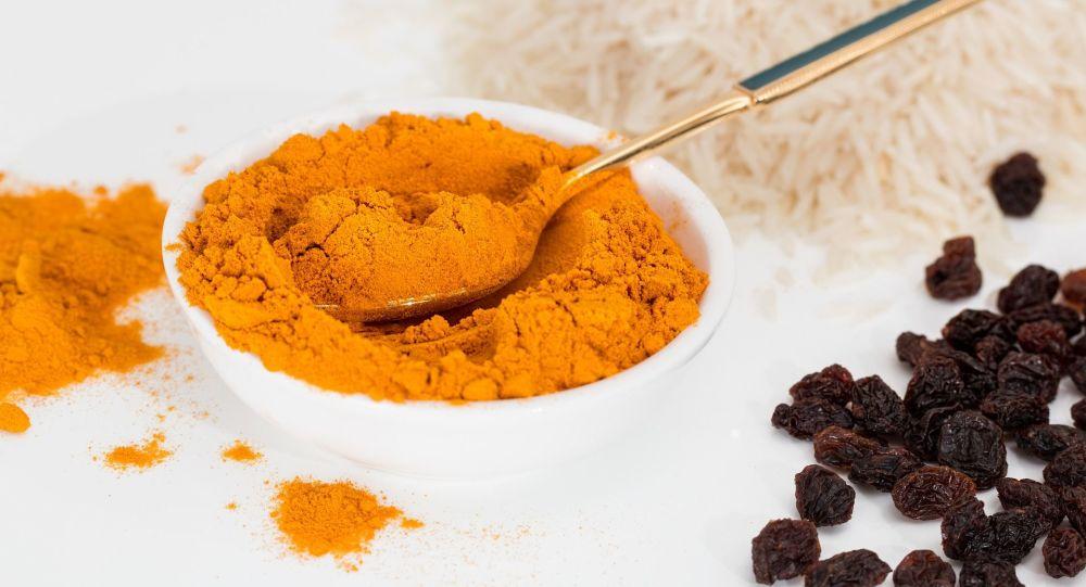 俄杜马议员建议使用姜黄、冷杉精油和水蛭等替代医学预防新冠病毒