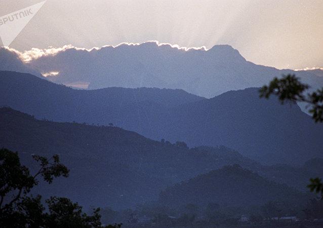 尼泊爾,喜馬拉雅山脈