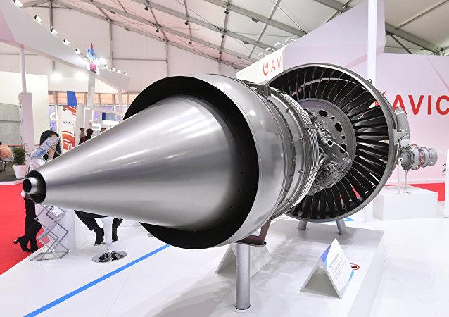 Макет китайского авиационного двигателя AEF3500 для российско-китайского широкофюзеляжного самолёта CR929