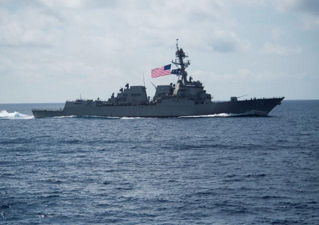 美國海軍韋恩·邁耶號(Wayne Meyer)驅逐艦