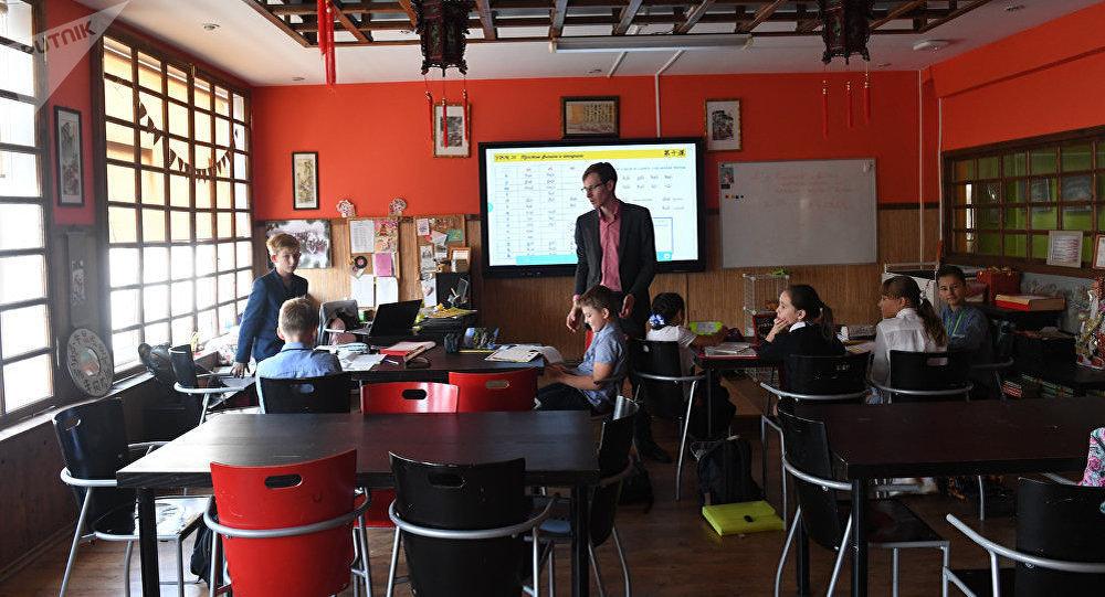 中文班通常有7-10名学生