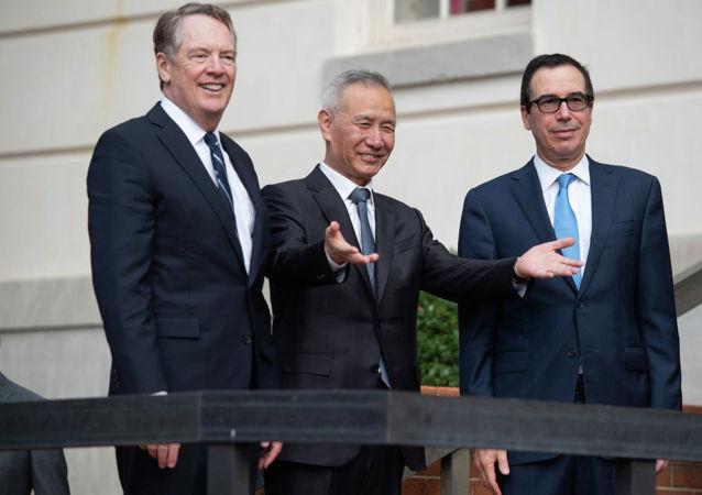 中國國務院副總理劉鶴到達美國貿易代表處辦公室參加高層貿易談判