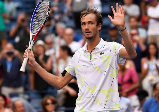 俄網球手梅德韋傑夫多倫多奪冠