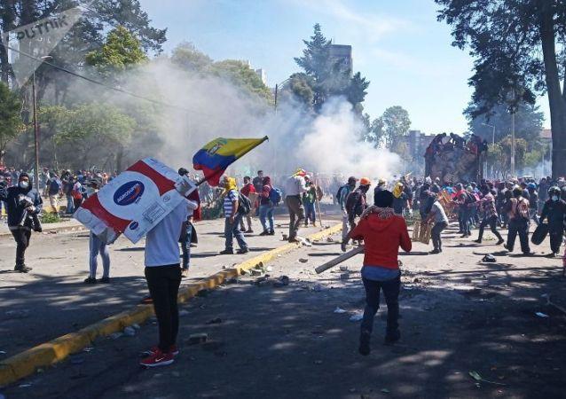 厄瓜多尔工会将于8月11日举行反政府措施抗议活动