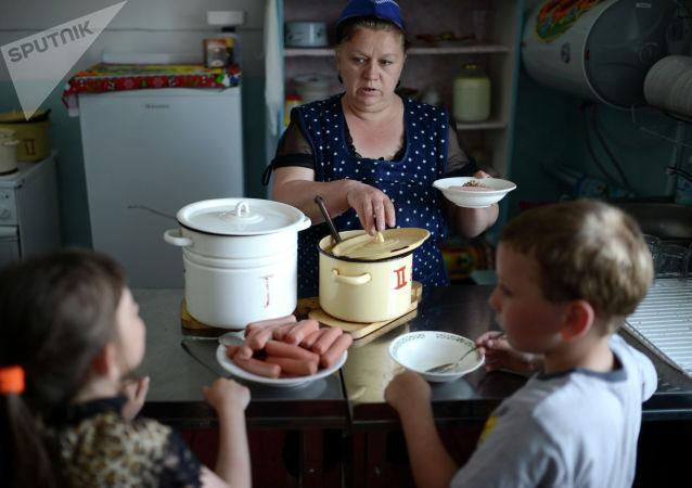 調查:只有8%的俄羅斯兒童正確飲食