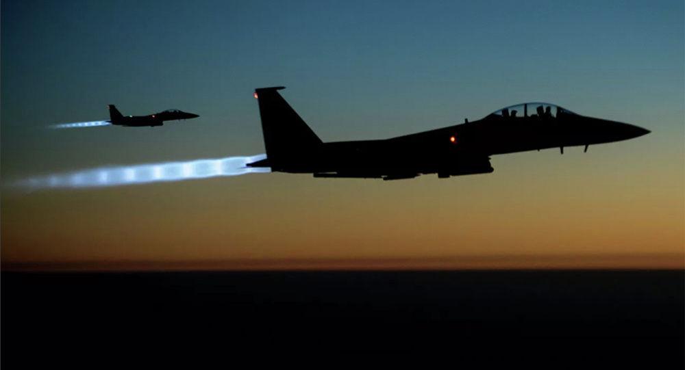 美国F-15战斗机