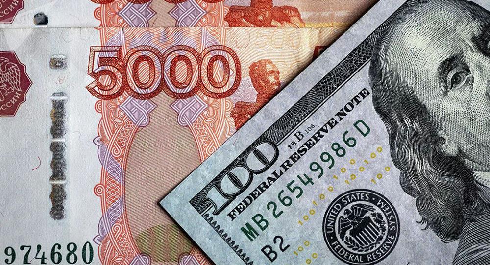 高盛集团:卢布汇率在下挫至1美元兑75卢布后或恢复至61卢布